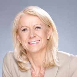 Kerstin Rudi, Assistentin der Geschäftsleitung
